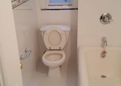 72nd Bathroom (1)