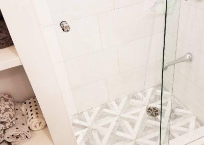 Bathroom 303 (18) copy