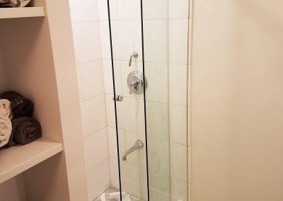 Bathroom 303 (8) copy